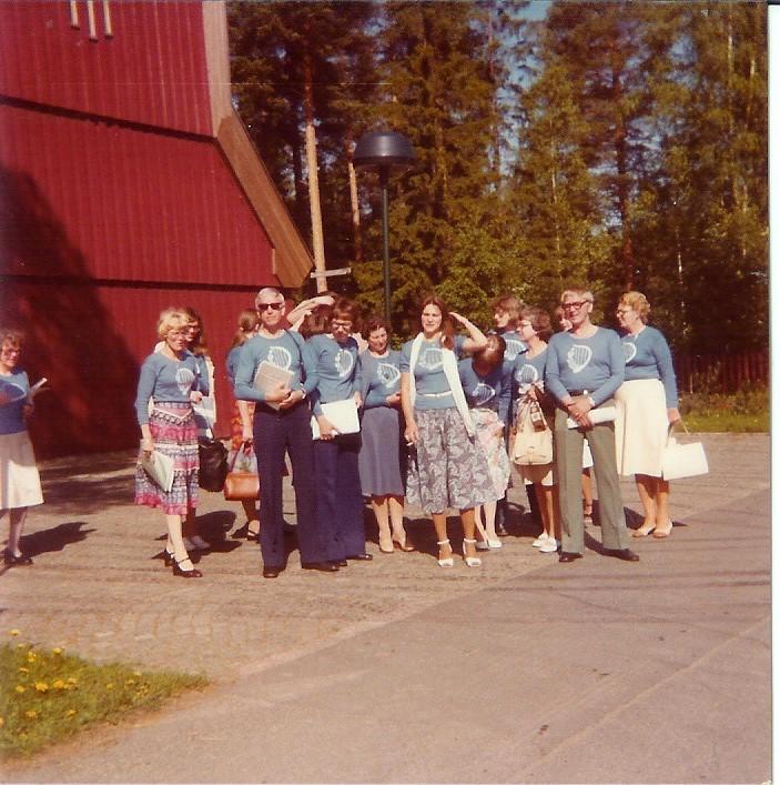 1978-0617 Östersund efter morgonbön i Marielundskyrkan
